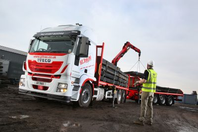 Iveco-Stralis-GT-Trax-161480-13