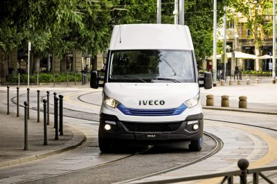 2849-10-IVECO-Daily-Blue-Power