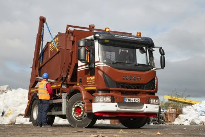 2846-15-IVECO-Eurocargo-Brown-Recycling