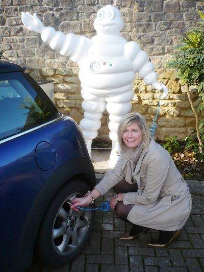 236-Michelin-Fill-Up-With-Air-Arval