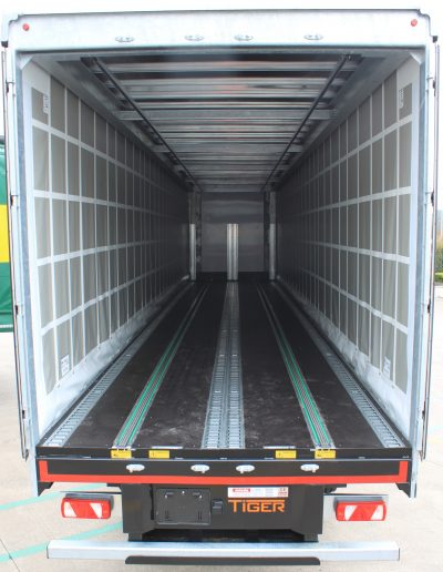 032-145-Tiger-Trailers-Joloda-Lanchester-Wines
