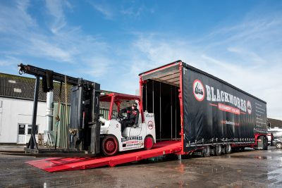 417-01-Andover-Trailers-Blackmores-Machinery-Haulage