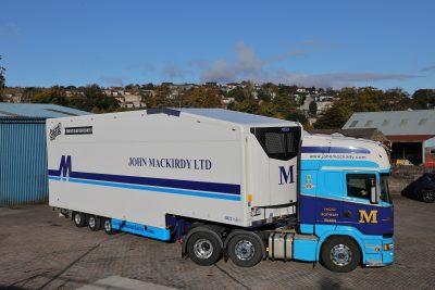 318-03-Carrier-Transicold-Vector-HE-19-MT-John-Mackirdy