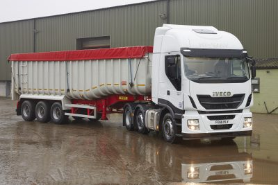 2722-009-Iveco-Stralis-Hi-Way-John-Pointon-&-Sons
