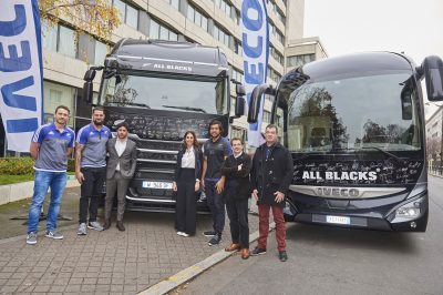 2739-Iveco-All-Blacks-auction-Unicef