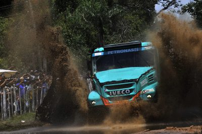 2755-IVECO-De-Rooy-Dakar-2017-1st-Stage