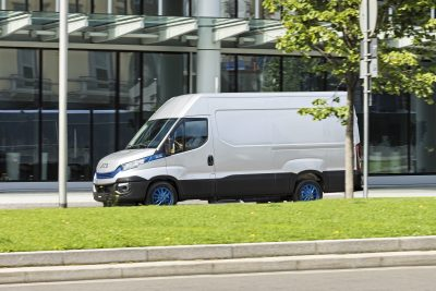2849-13-IVECO-Daily-Blue-Power