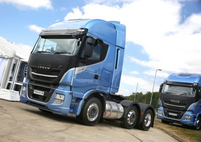 2918-22-IVECO-Stralis-NP-460-gas-powered-6×2-tractor-unit