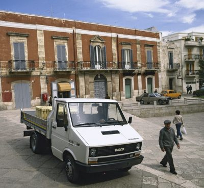 2922-01-IVECO-Daily-40th-Anniversary