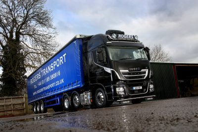 2955-20-IVECO-Stralis-XP-Rogers-Transport