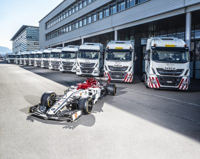 2966-01-IVECO-Official-Truck-Partner-Alfa-Romeo-Racing
