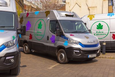 2953-27-IVECO-Daily-Blue-Power-Eden-Caterers