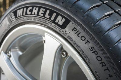 237-01-Michelin-Pilot-Sport-4