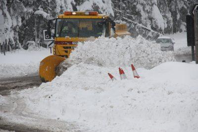 376-26-Michelin-XDW-Ice-Grip-Scottish-Borders-Council