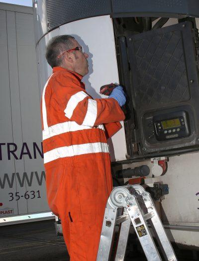 276-02-Schmitz-Cargobull-TrailerConnect